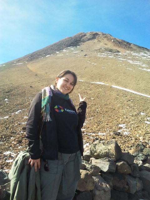 La cima del Teide está allí... y yo aquí...