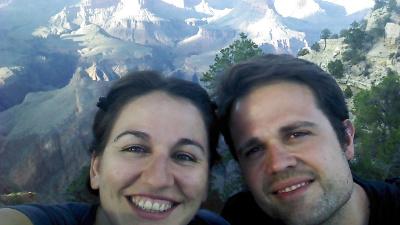 Tanta belleza junta en una foto: monumento de la naturaleza, y el Gran Cañón detrás XD
